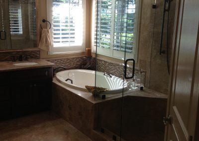 brl-builders-bathtub-remodel-2